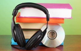 Pros-and-Cons-of-Audio-Books1-606x380